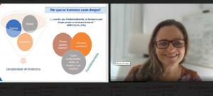 Assistente social e doutora em Saúde Coletiva. Patrícia Flach ministra palestra sobre uso de substâncias psicoativas em Encontro do NAP
